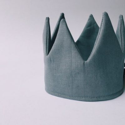 Steel grey linen crown