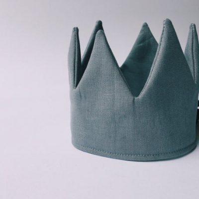 Steel grey linen crown